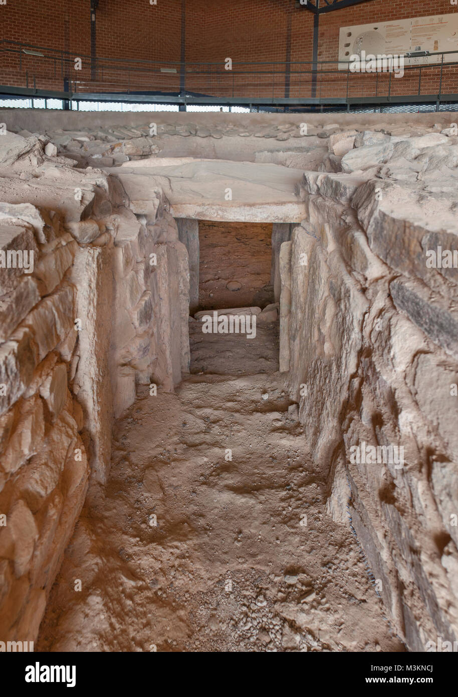 Archeological site of Huerta Montero, singular Tholos Dolmen,  Almendralejo, Spain. Main entrance and visitors centre - Stock Image