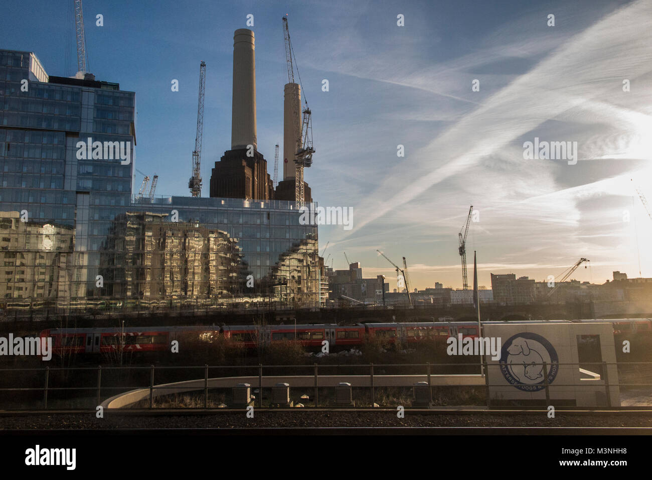 Early morning Battersea Power Station - Stock Image