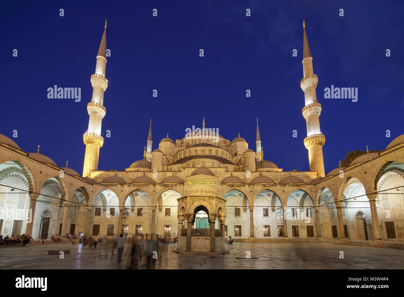 Blue Mosque at twilight  , Istanbul, Turkey Moschee - Stock Image