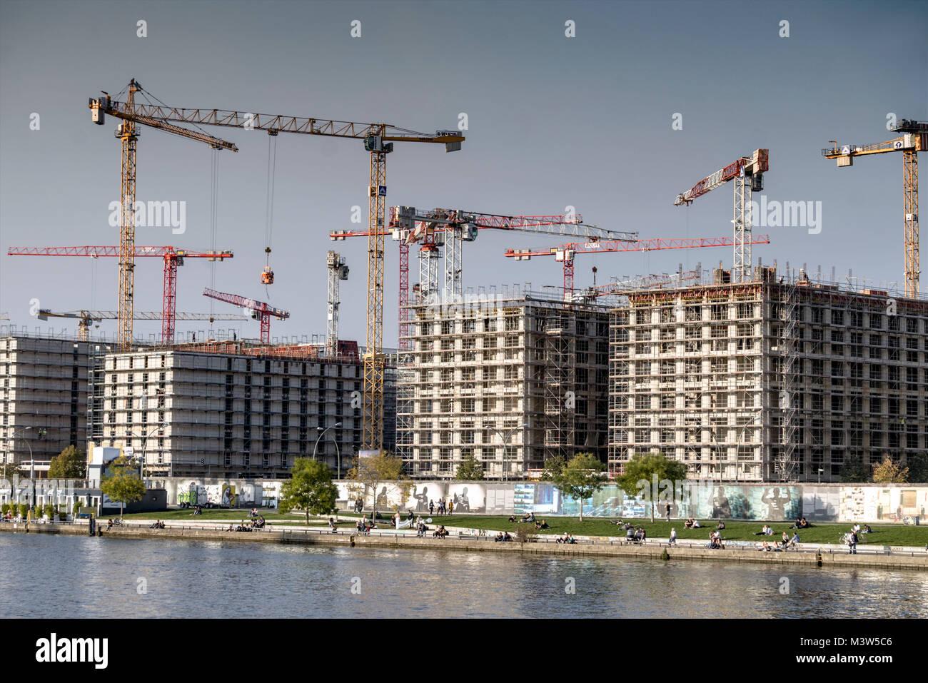 Contruction Media Spree, Hotel and Office Campus, East Side Gallery, Spree riverside, Friedrichshain, Berlin - Stock Image