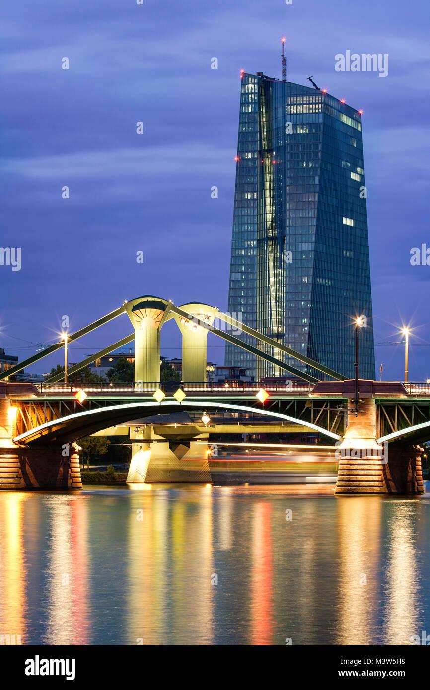 The new European Central Bank building in the east of Frankfurt, Skyline, Floesser Bridge, Twilight, Frankfurt  - Stock Image