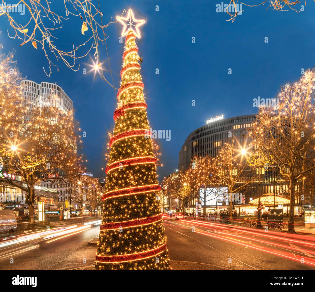Christmas illumination, Kurfuerstendamm, Kuhdamm,  Berlin - Stock Image