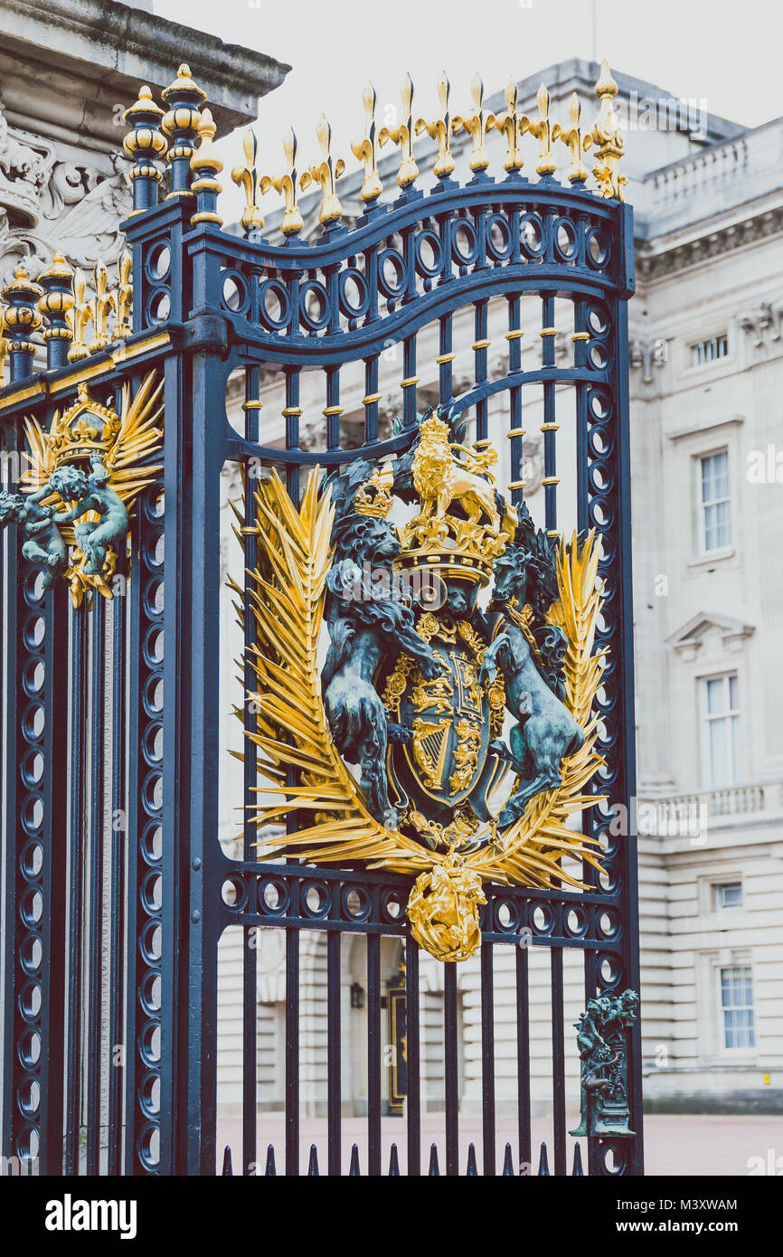 LONDON, UNITED KINGDOM - August, 20th, 2015: detail of the gates outside of Buckingham Palace - Stock Image