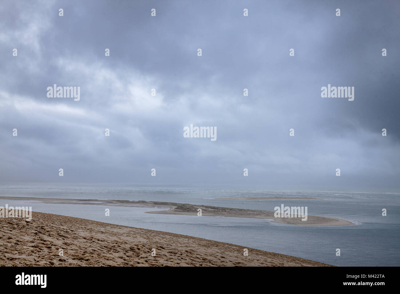 Panorama of the Pilat Dune (Dune du Pilat) during a cloudy afternoon with the Atlantic Ocean in background. Pilat, - Stock Image