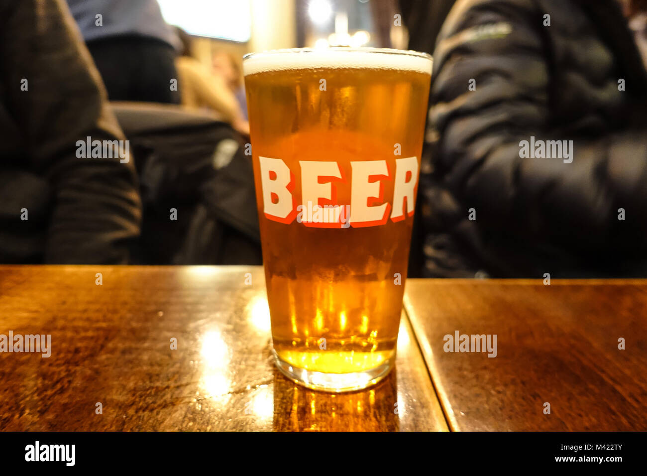 close-up-view-of-a-pint-of-beer-M422TY.jpg