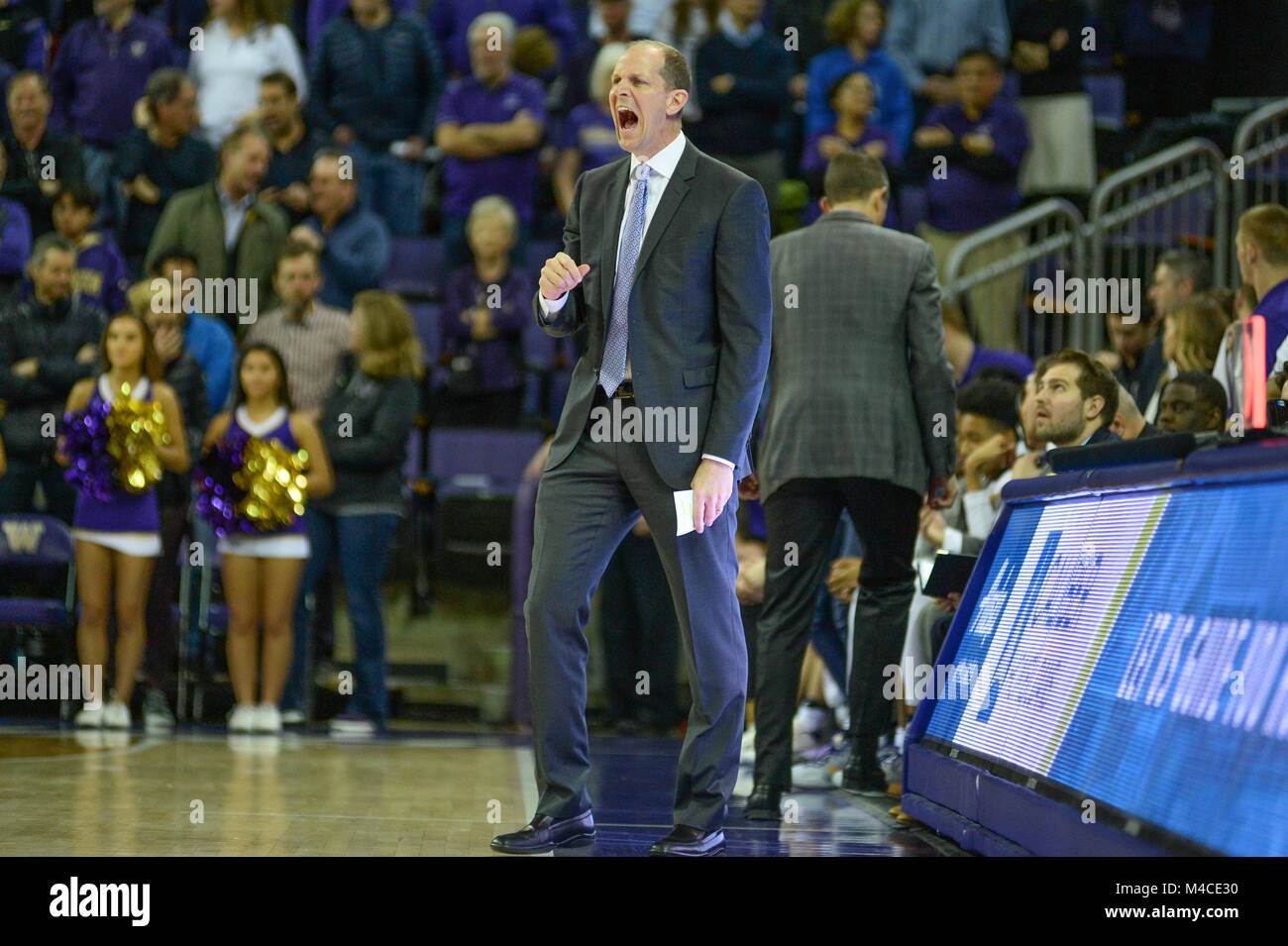 Seattle, WA, USA. 15th Feb, 2018. UW Head Coach Mike Hopkins during a PAC12 basketball game between the University Stock Photo