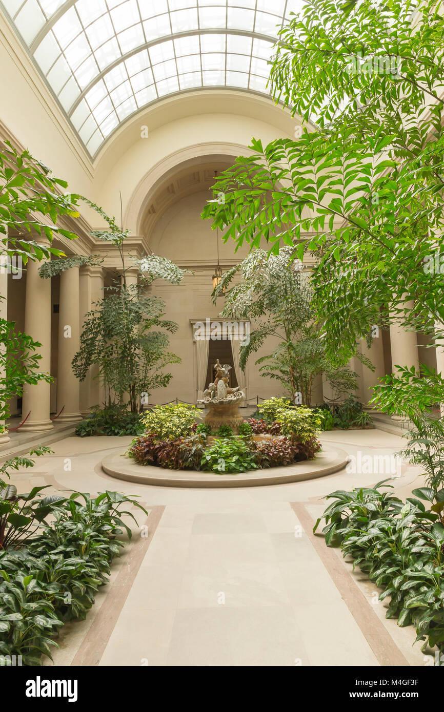 Interior Courtyard, National Gallery of Art, Washington DC, USA, North America - Stock Image