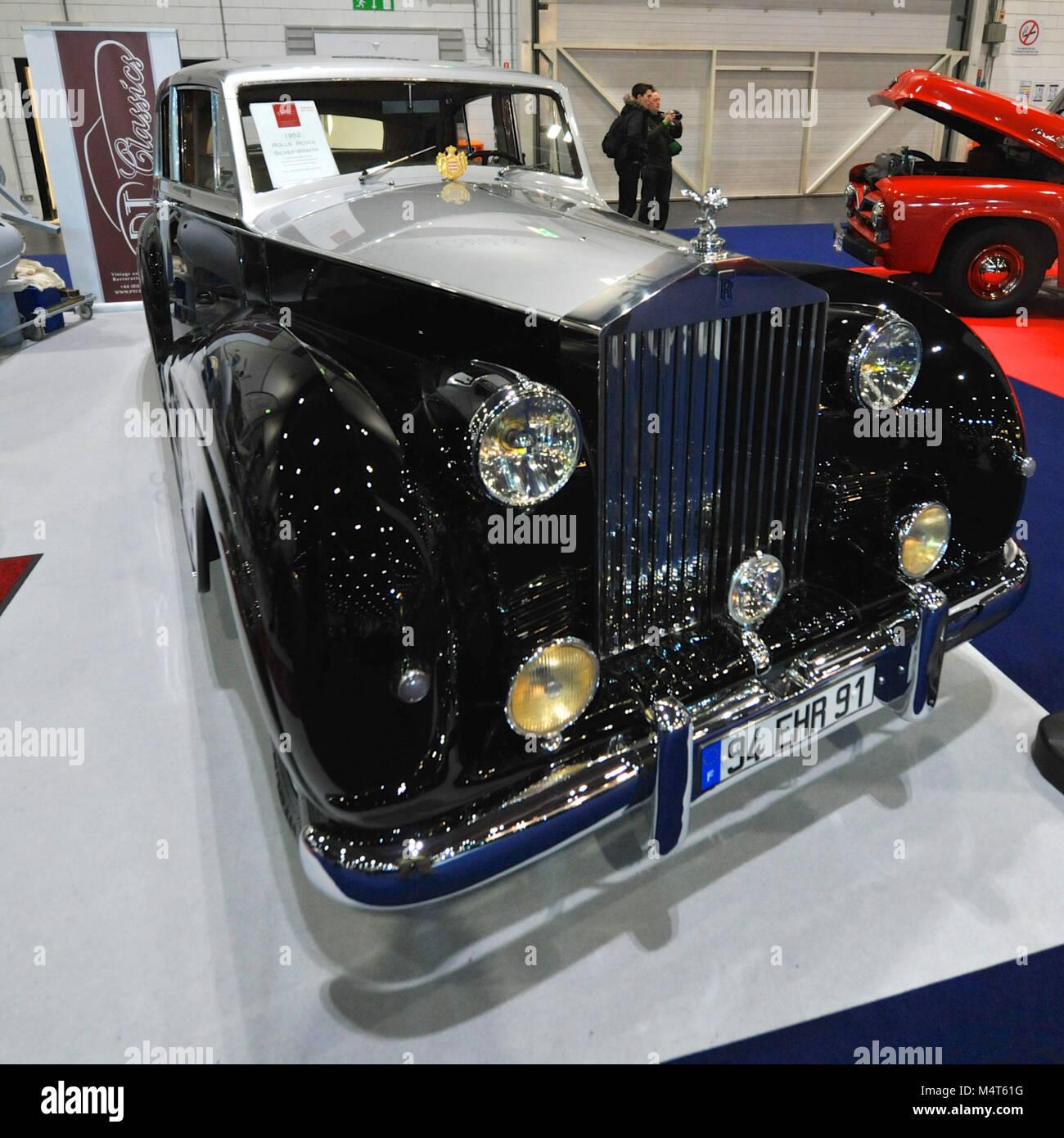 Rolls Royce Silver Wraith Mascots Stock Photos Amp Rolls