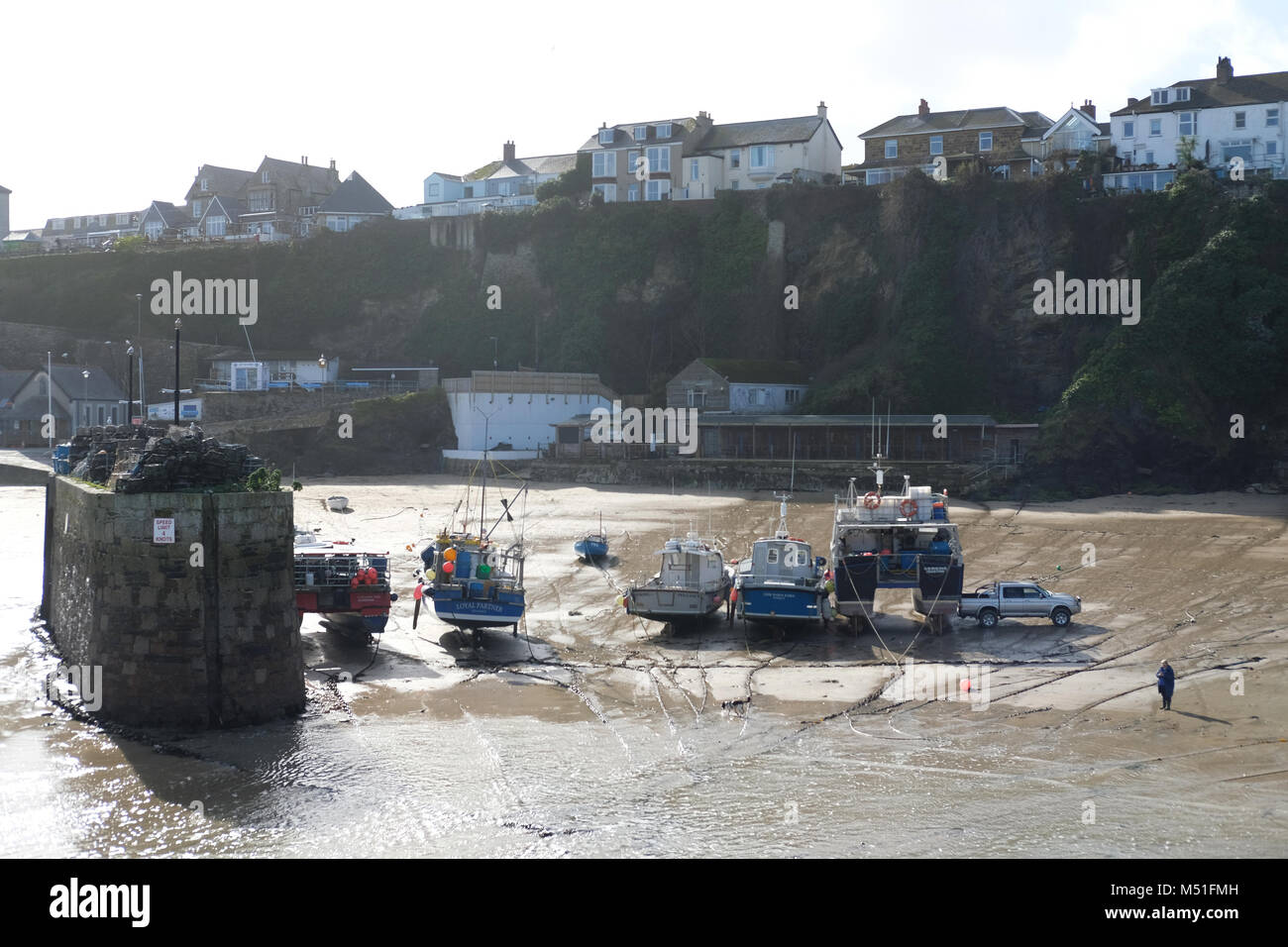 Newquay harbour/beach in winter. - Stock Image