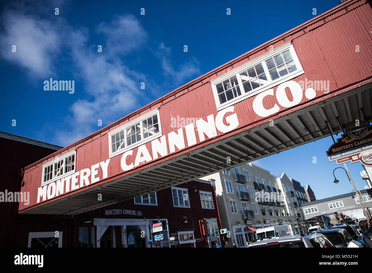 cannery row imagery Cannery row in particular demonstrates steinbeck's style, which includes a pattern of morbid imagery, concise sentences, and a few bits of irony.