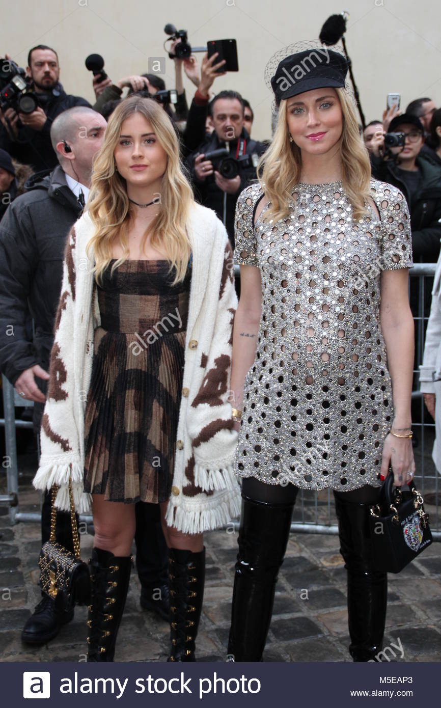 Pregnant Chiara Ferragni seen arriving at the Dior show with her sister Valentina Ferragni during Paris Fashion - Stock Image