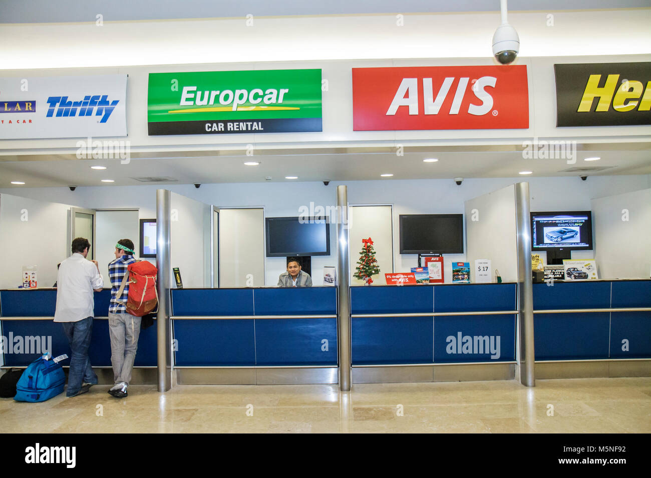 Avis car hire seattle international airport