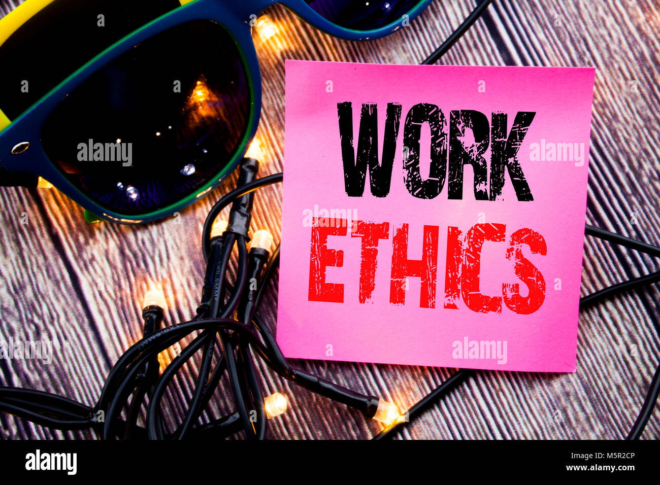 business ethics dilemmas in its a wonderful life essay Business tech science homelessness opinion the  achieves the title's wonderful life by sacrificing his own plans and ambitions for the sake of his family and.