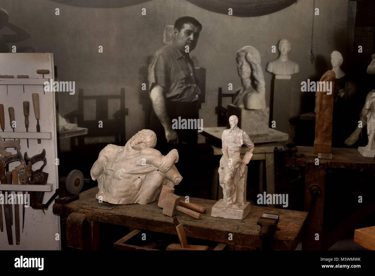 Workshop of Juan Luis Vassallo, Parodi, (Cádiz 1908 - Madrid 1986), sculptor and carver, Spanish,Spain, 20th,century, - Stock Image