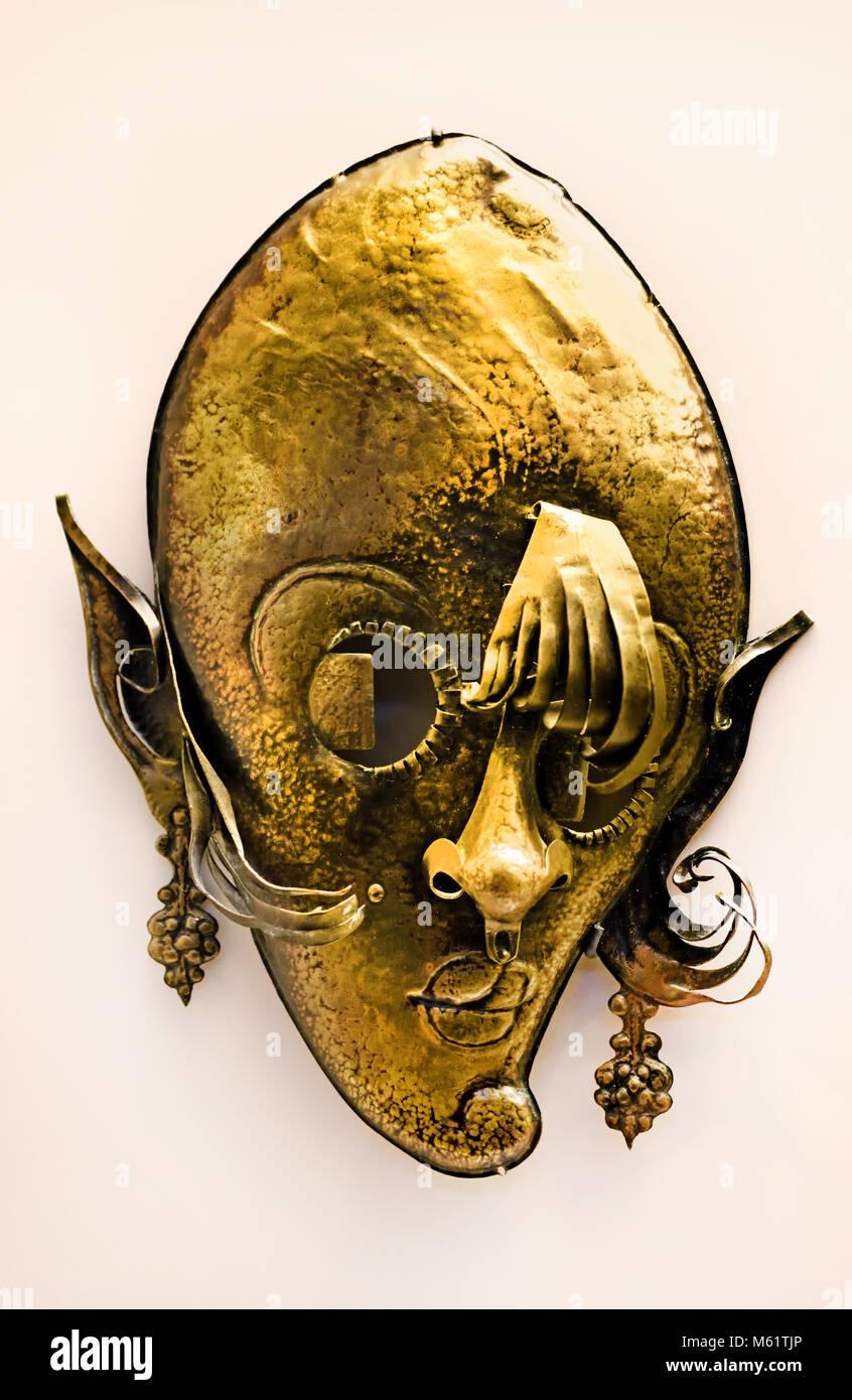 Faunesa con pendientes - Faunesa with earrings 1915 Pablo Emilio Gargallo (1881 – 1934) was a Spanish sculptor and - Stock Image