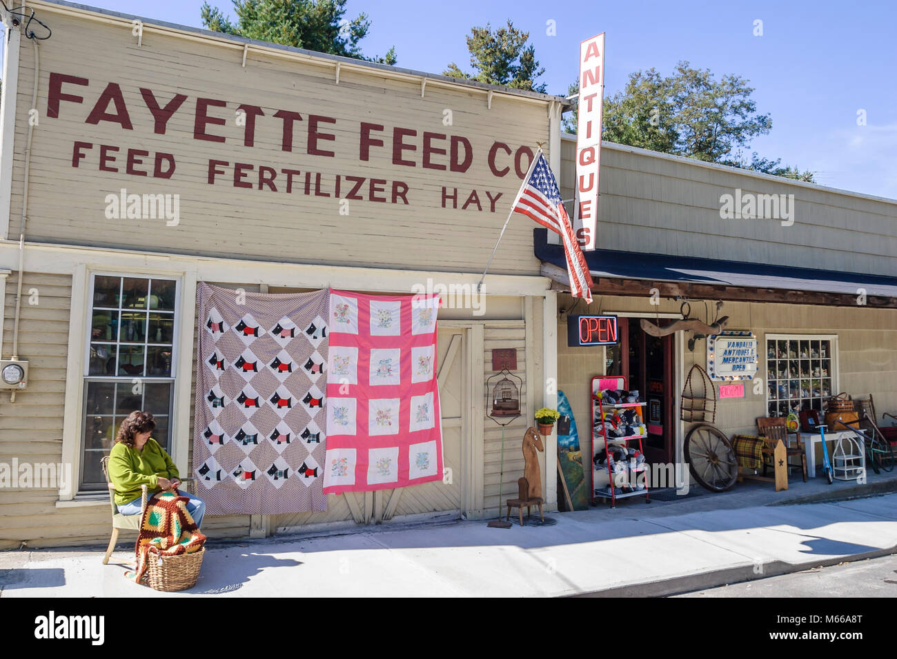 Quilts Store Stock Photos Amp Quilts Store Stock Images Alamy