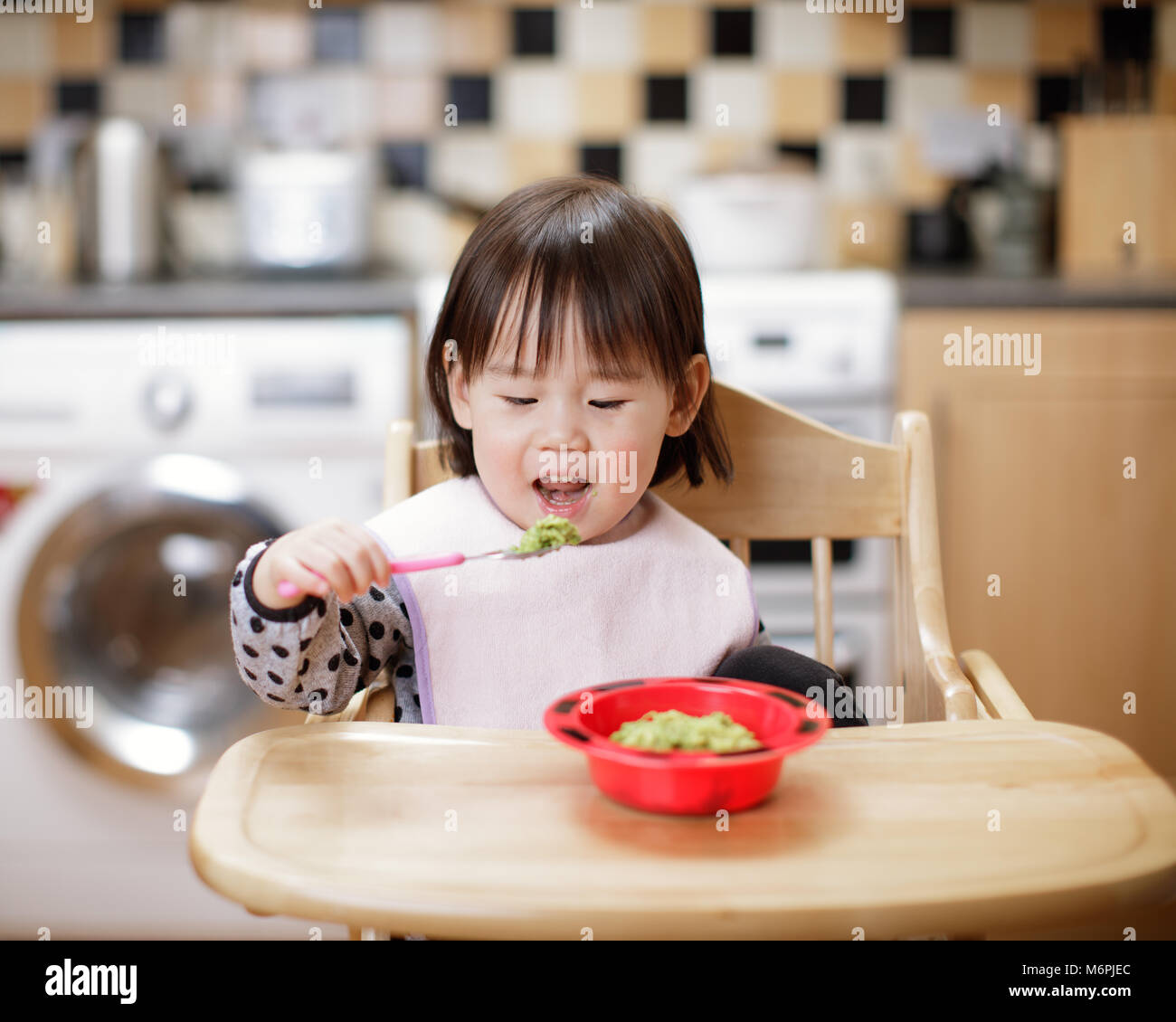 Messy Kitchen Catering: Japanese Kids Eating Stock Photos & Japanese Kids Eating