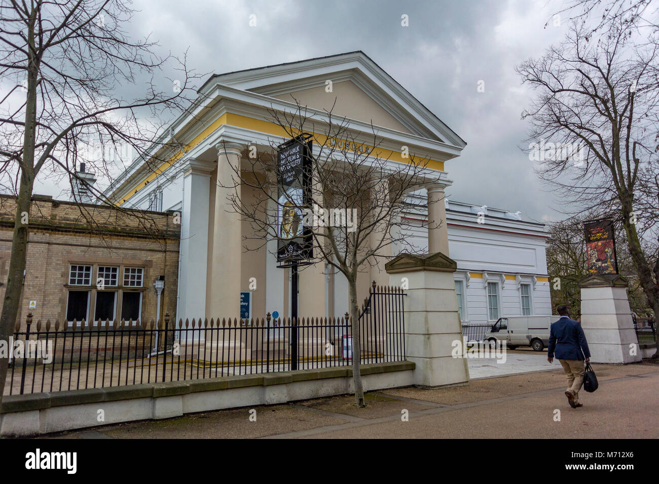Liecester, UK. 7th March 2018:Grey clouds as Met office issue yellow warning for snow. New Walk Museum and Art Gallery - Stock Image