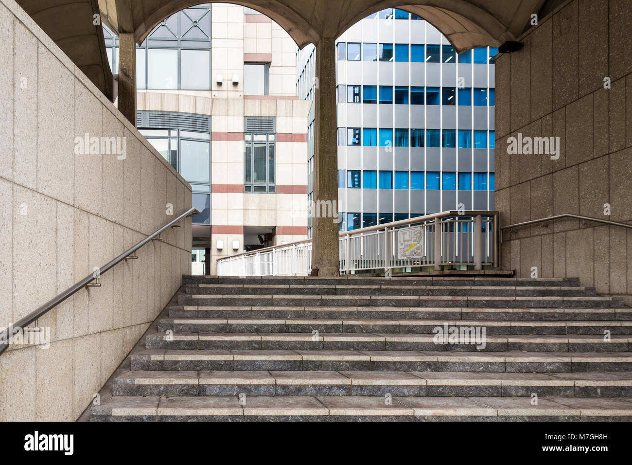 Steps to a raised walkway part of Guildhall extension by Richard Gilbert Scott, 65 Basinghall Street, City of London, - Stock Image