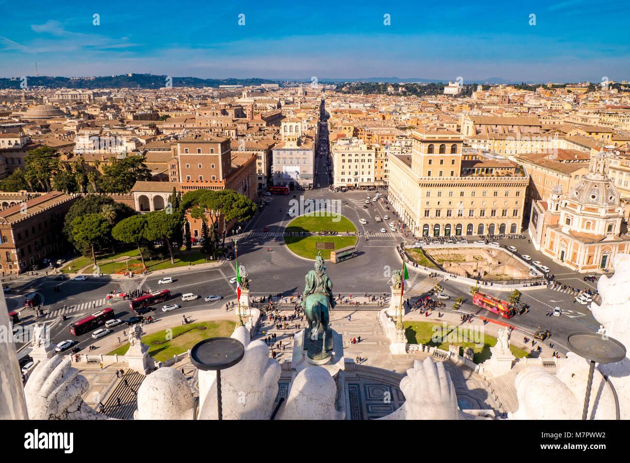 Rome Venice Plazza as seen from above (Piazza Venezia) - Stock Image