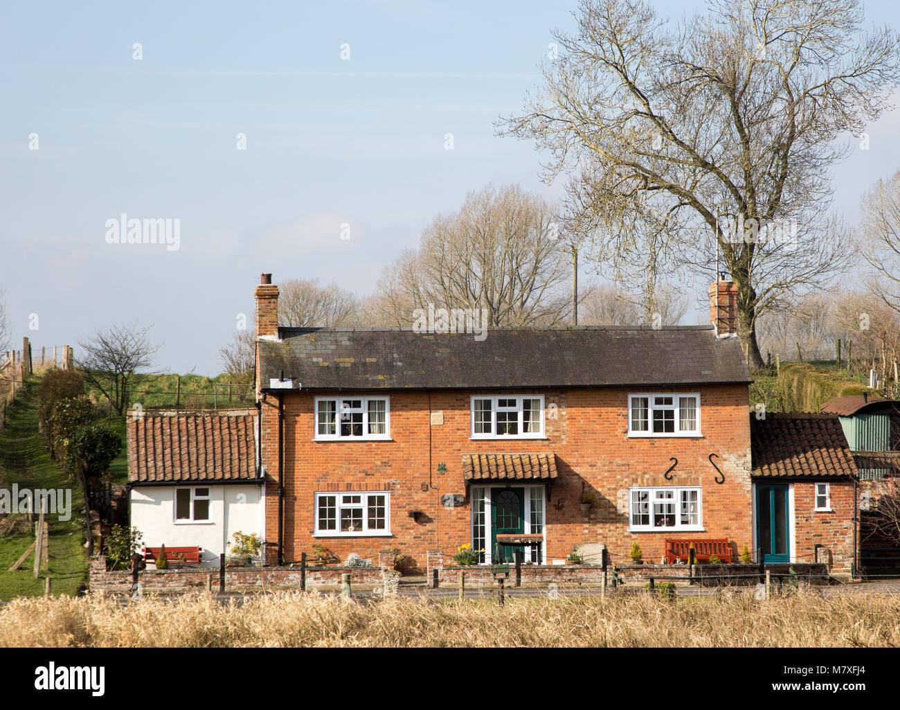 Pretty cottage Marden village, Wiltshire, England, UK - Stock Image