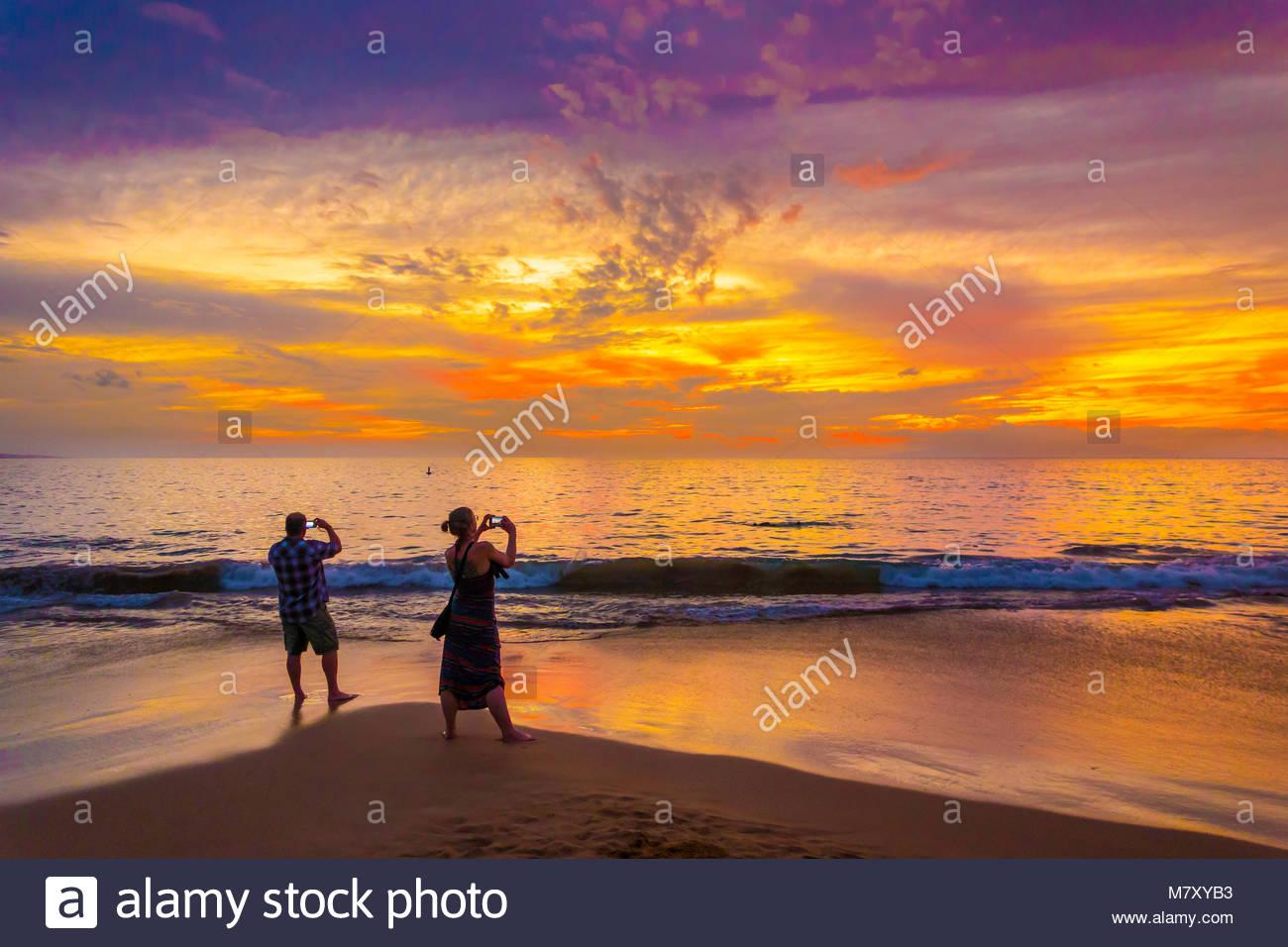 photography-tropical-sunset-at-kamaole-b