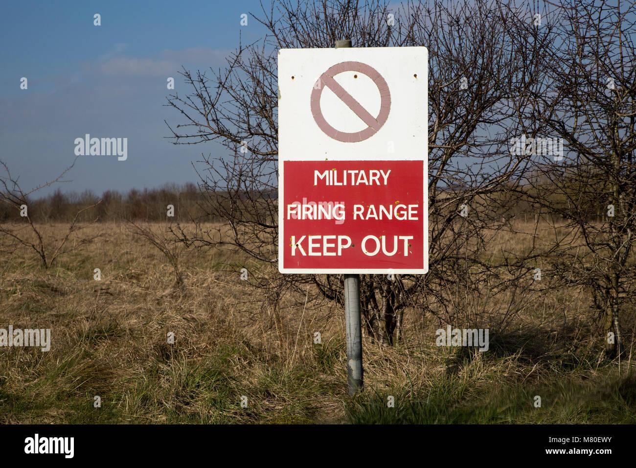 Military firing range Keep Out sign, Imber Range, Salisbury Plain military training area, Wiltshire, England, UK - Stock Image