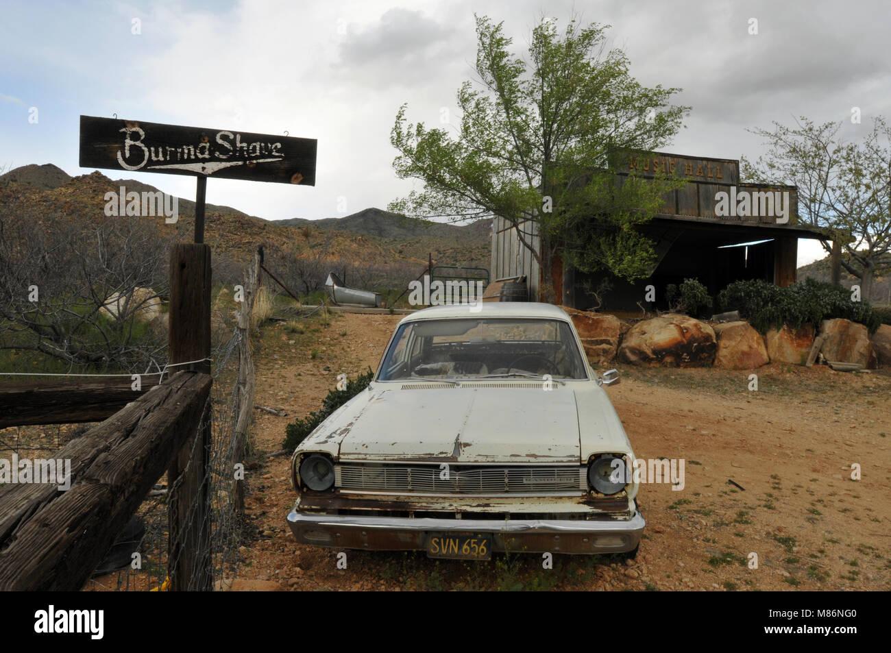 roadside attraction arizona stock photos roadside attraction arizona stock images alamy. Black Bedroom Furniture Sets. Home Design Ideas