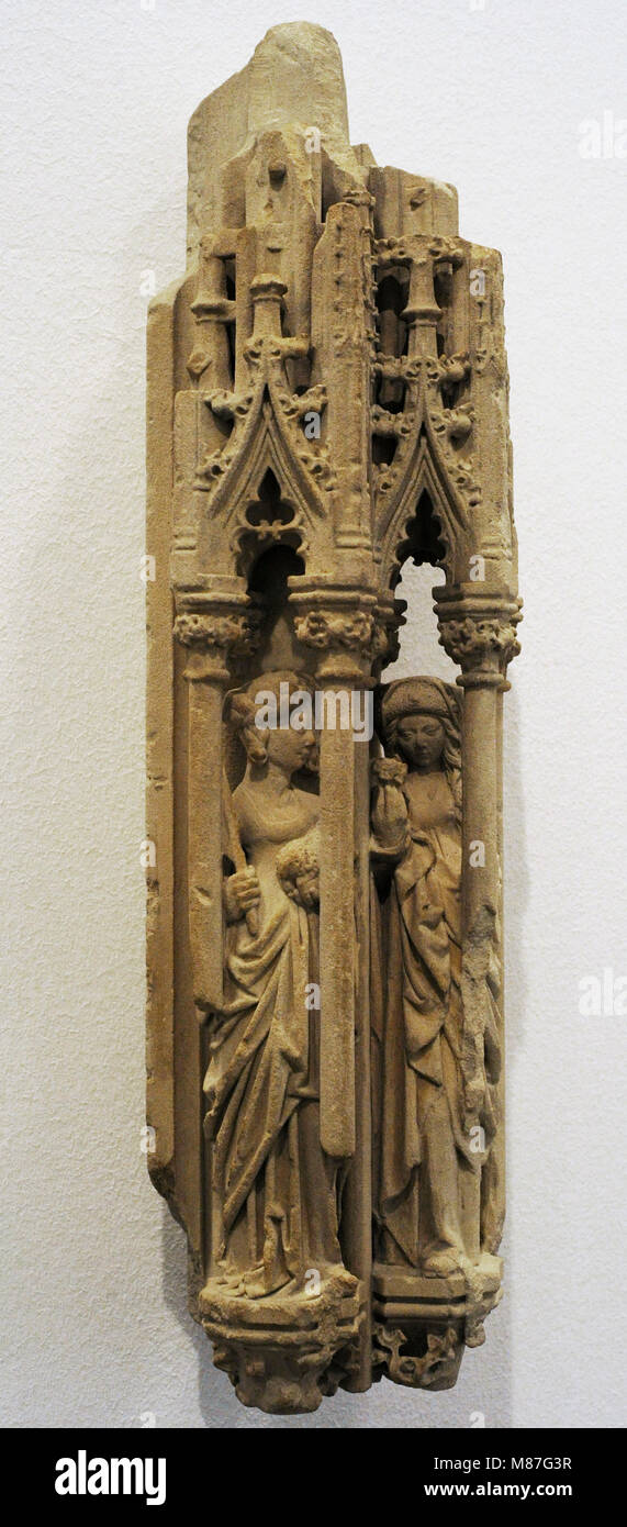 Fragment of a Tabernacle with Saints Agnes and Dorothea. Cologne, 1475-1500. Baumberg Sandstone. Schnütgen - Stock Image