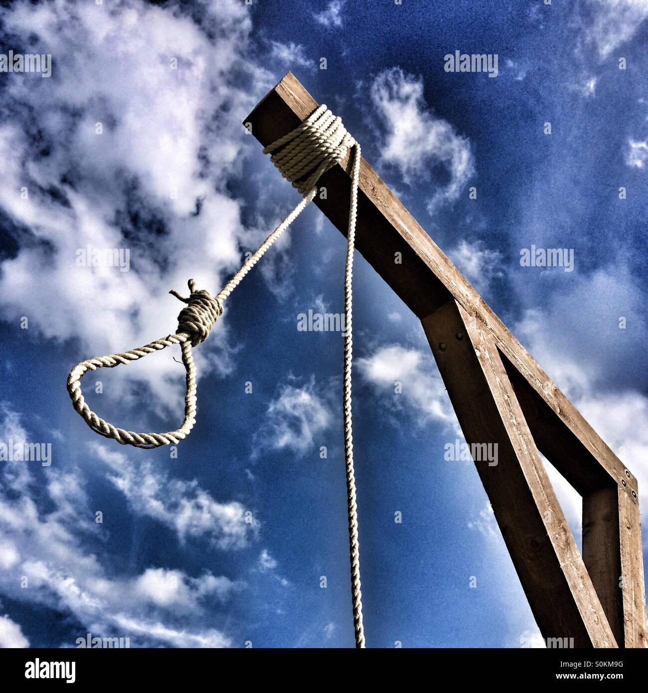 hangmans-noose-S0KM9G.jpg
