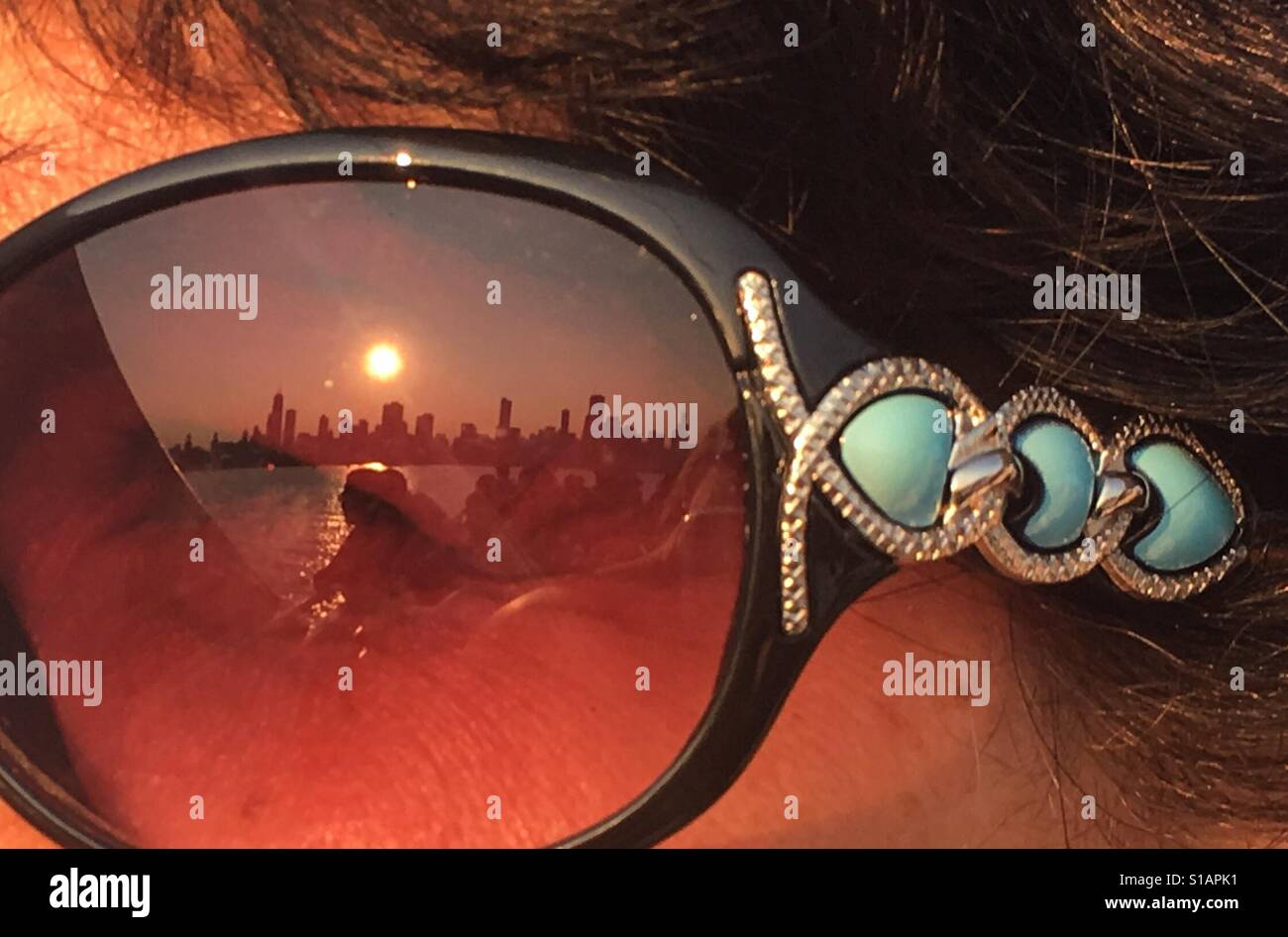 Reflection of Chicago skyline in sunglasses Stock Foto