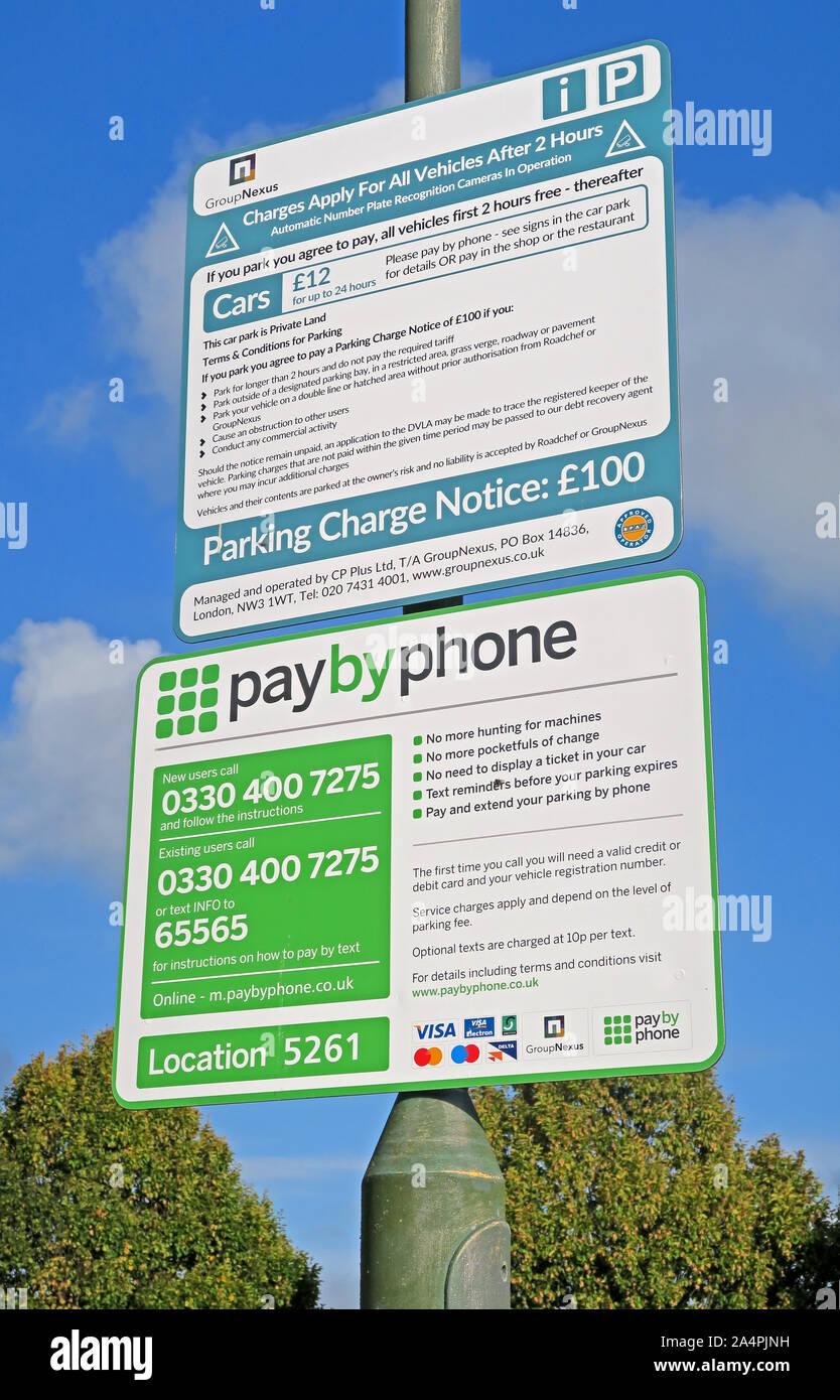 Dieses Stockfoto: Paybysms-UK Parkplatz Schilder GroupNexus auf Autobahn M5 Services, ANPR, Worcestershire, England, Großbritannien betrieben - 2A4PJN