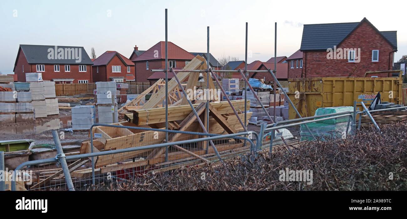Dieses Stockfoto: Weißdorn Grove, Bloor Wohnungen Entwicklung bei Appleton Thorn, Warrington, Cheshire, North West England, Großbritannien - 2A989T