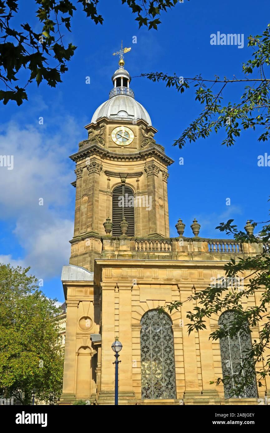 Dieses Stockfoto: Außen- und Innenbeleuchtung, St Philips Kathedrale, Colmore Row, Birmingham B3 2QB, Kirche von England, Anglikanische - 2ABJGE