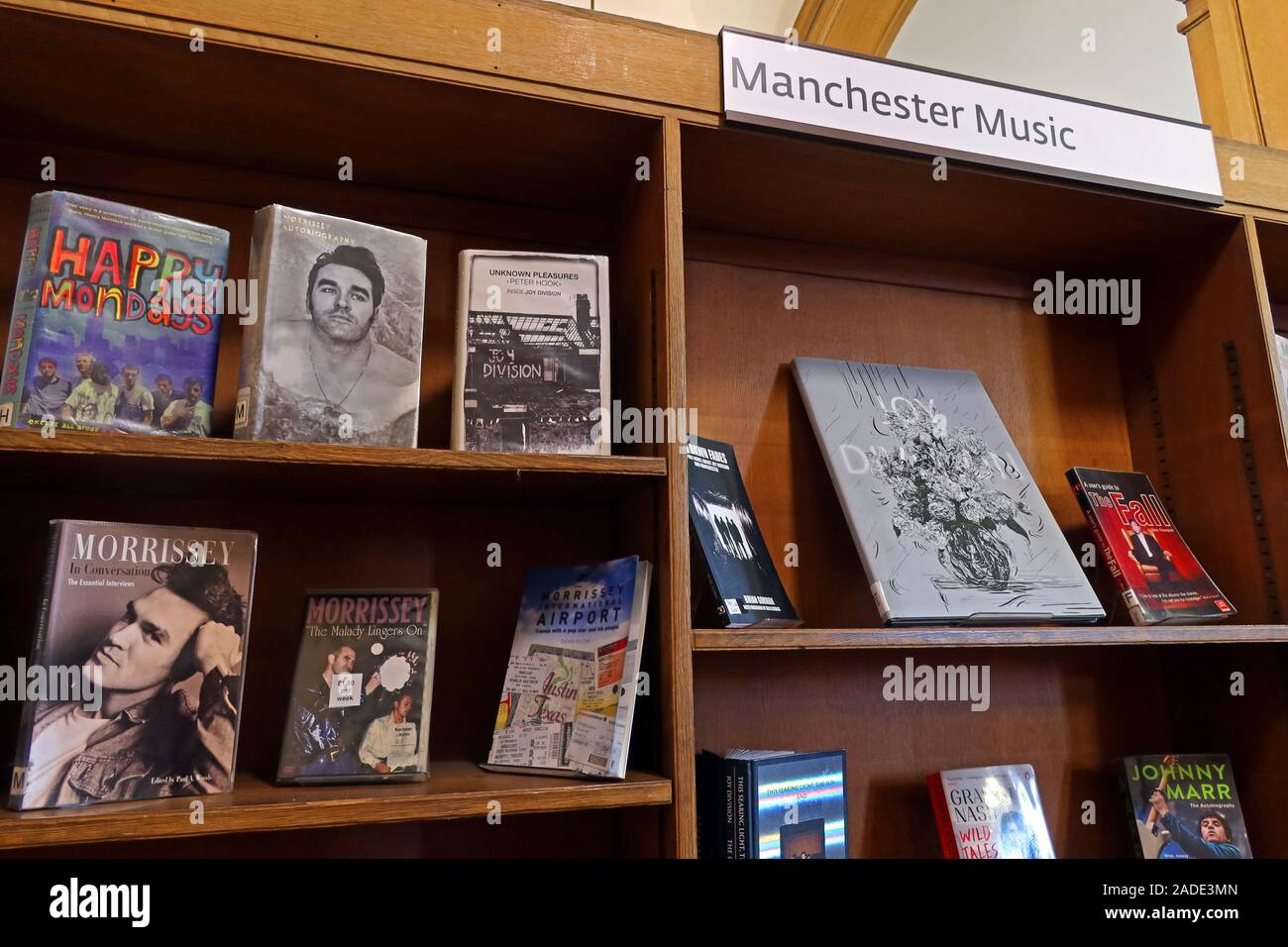 Dieses Stockfoto: Manchester Music,Sektion von,Manchester Central Library,The Main Library Oxford Road Manchester,North West,England,UK, M13 9 S. - 2ADE3M