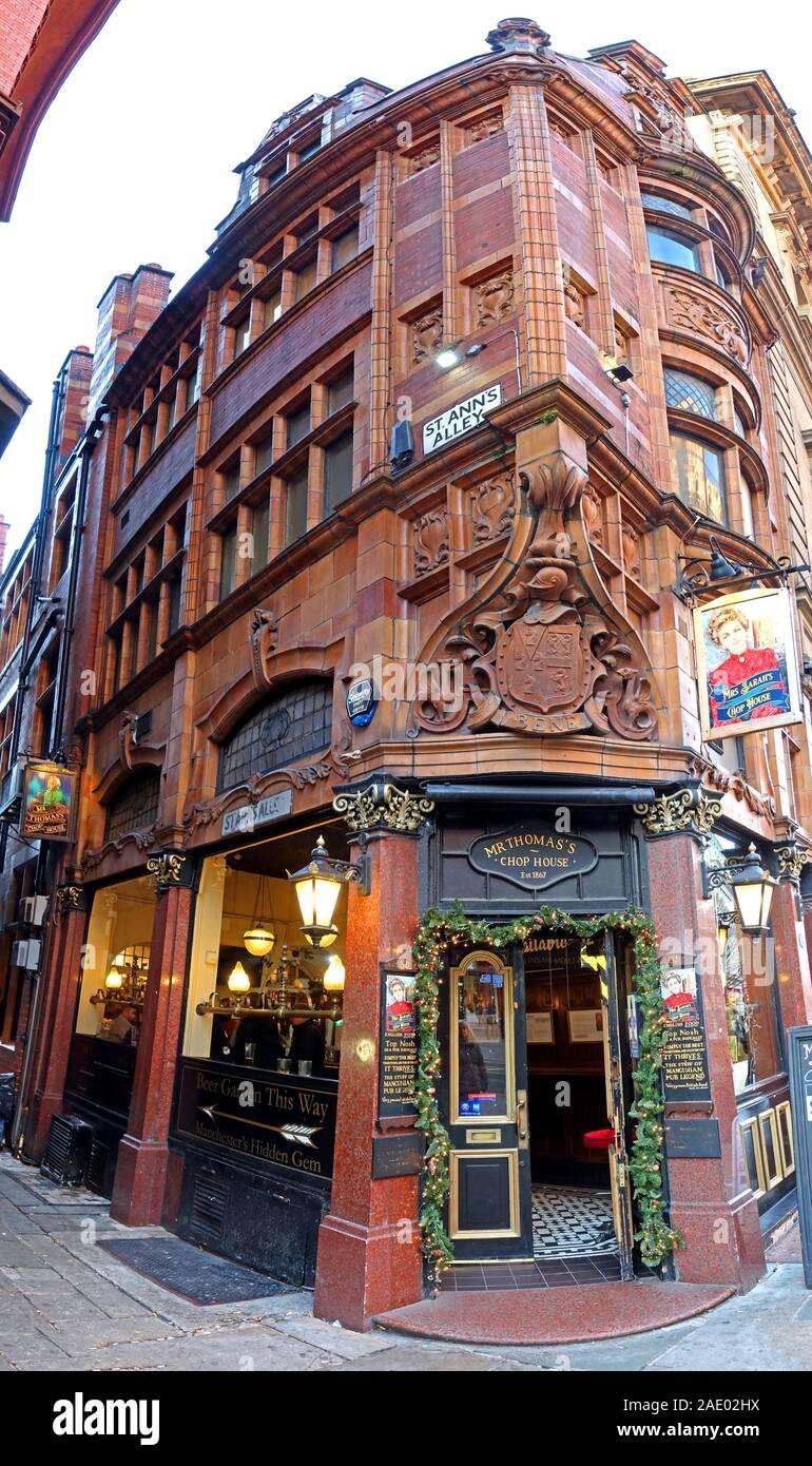 Dieses Stockfoto: Mr Thomas's Chophouse, St Anns Alley, 52 Cross St, Manchester M2 7AR, viktorianische Bar - 2AE02H