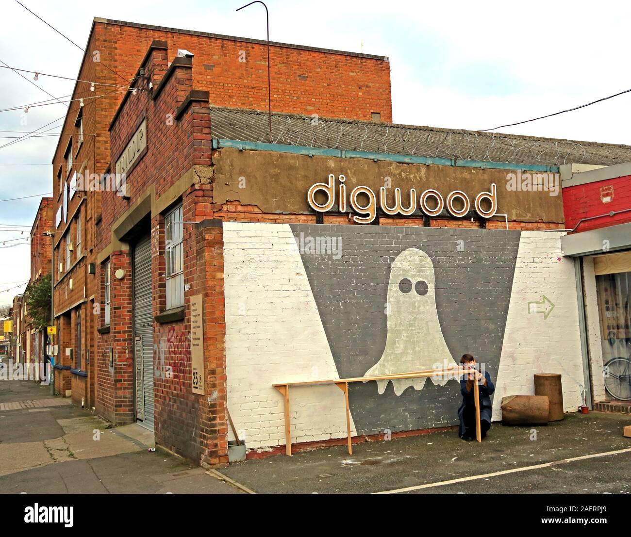 Dieses Stockfoto: Digwood, Ghost, Graffiti Urban Street Art, in Floodgate St, Digbeth, Bordesley & Highgate, Birmingham, West Midlands, England, Großbritannien, B5 5ST - 2AERPJ