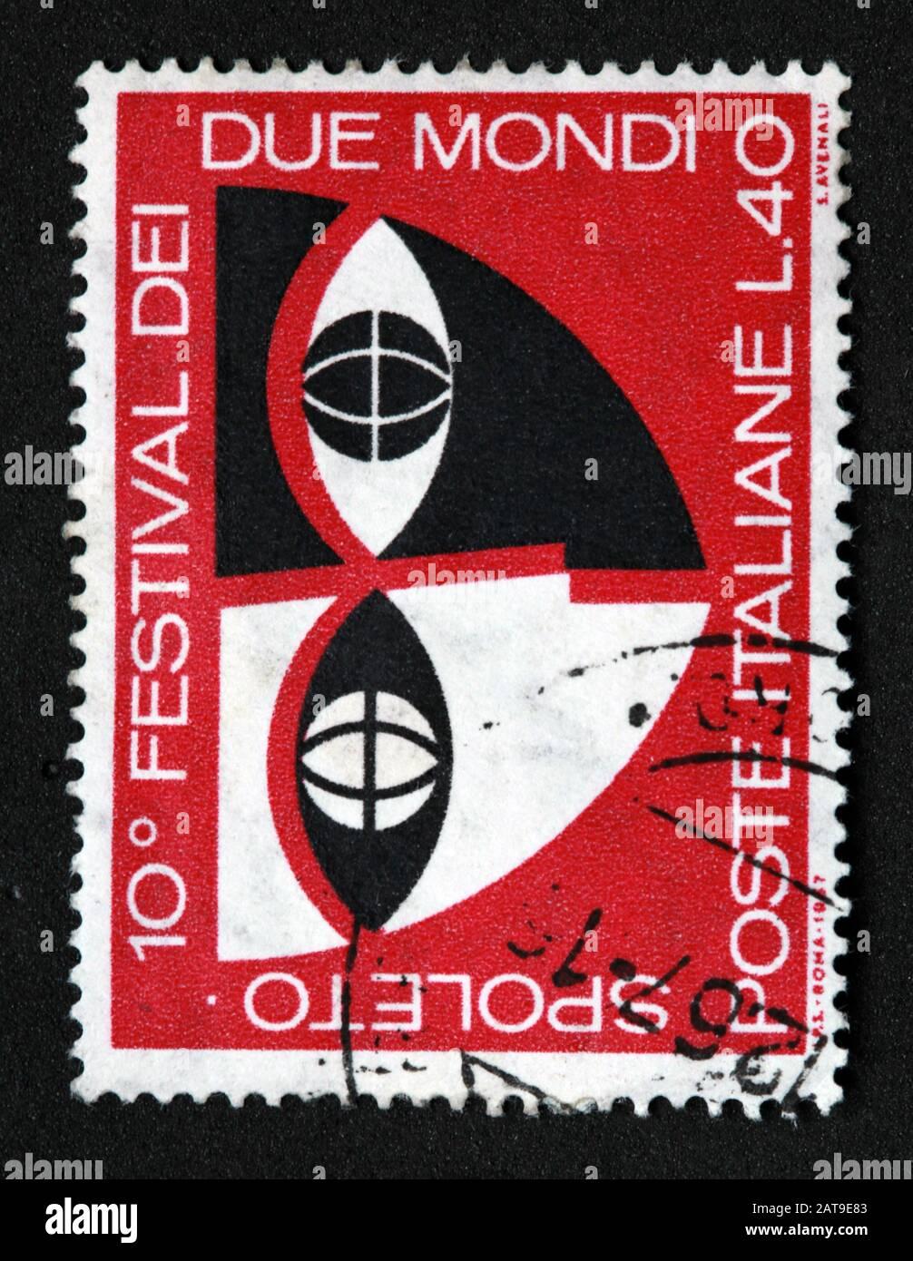 Dieses Stockfoto: Italienische Briefmarke, poste Italia verwendete und frankierte Stempel, Poste Italiane 10th Festival Dei Spoleto Due Mondi 0,40Lire L.40 - 2AT9E8