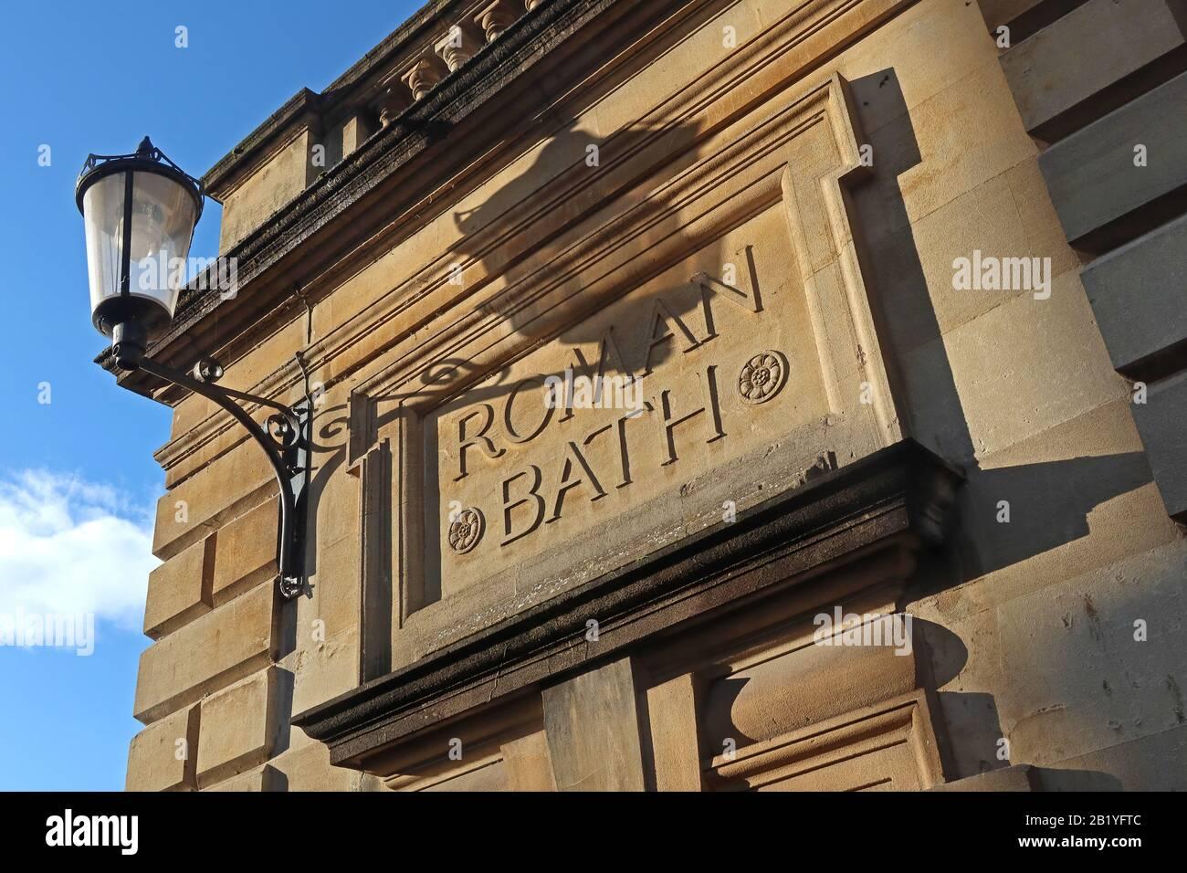 Dieses Stockfoto: Roman Bath Building - Bath Spa, Somerset, England, Großbritannien - Thermae im römischen Britannien - Aquae Sulis - 2B1YFT