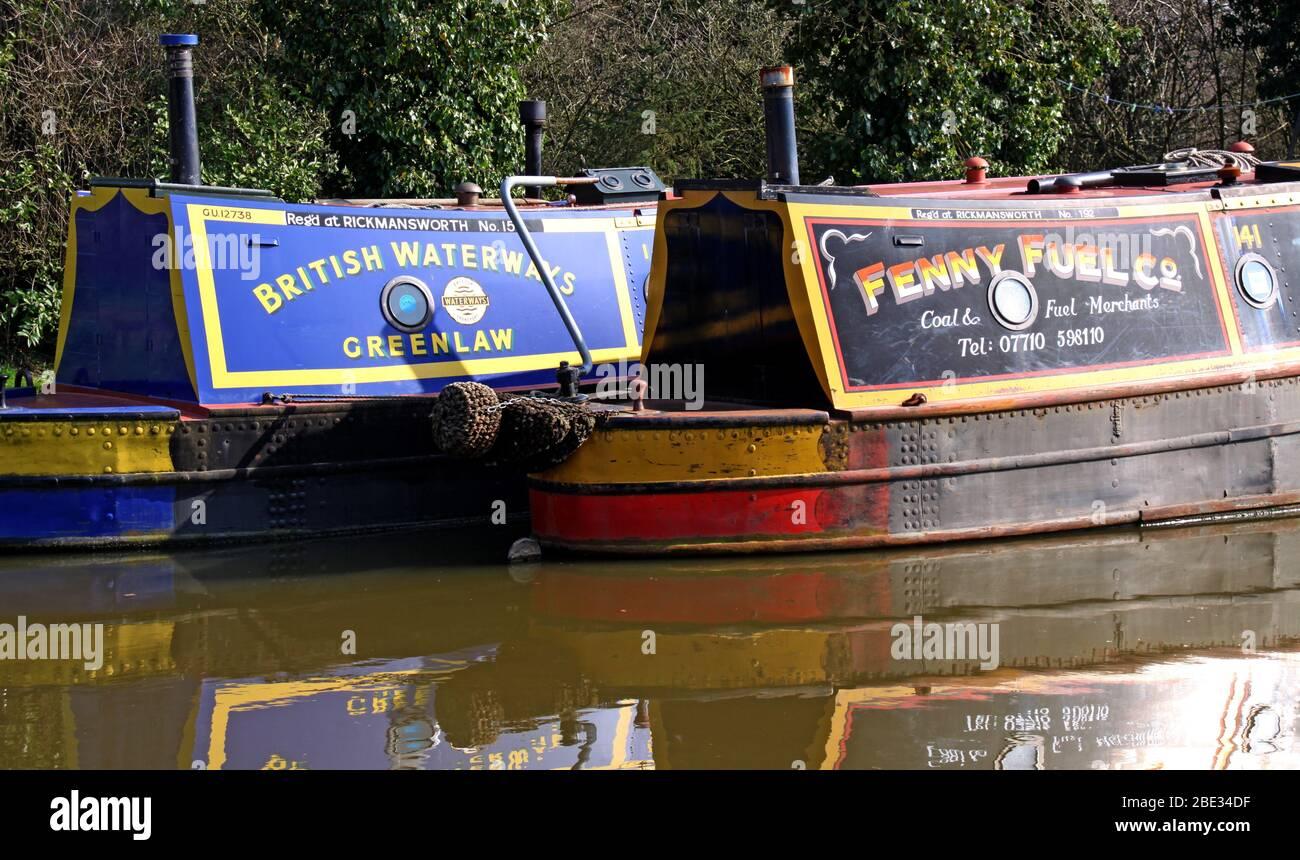 Dieses Stockfoto: British Canal & River Trust, funktionierende Kanalbargenboote, Northwich, Cheshire Ring, British Waterways, Greenlaw - 2BE34D
