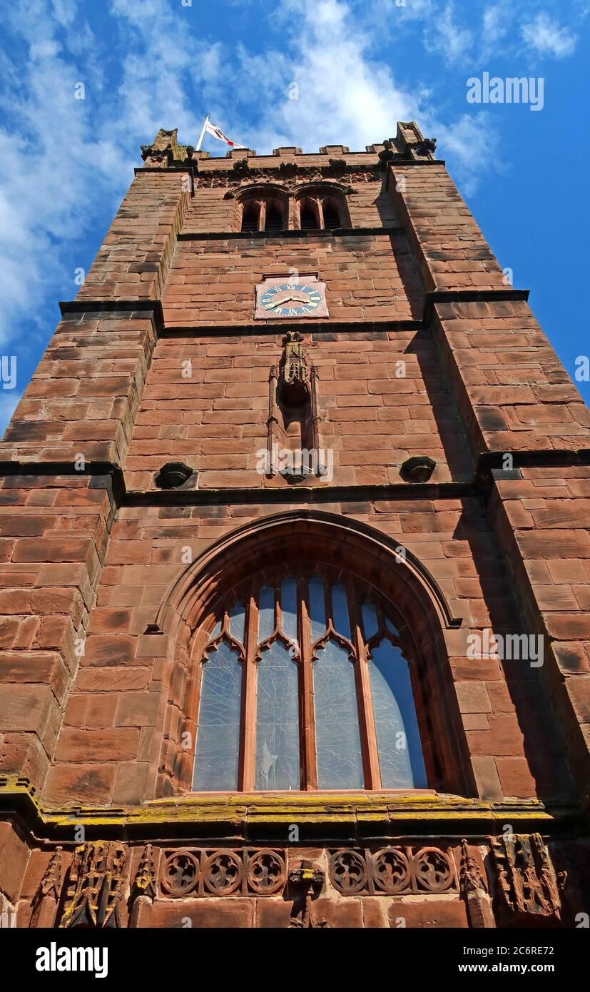 Dieses Stockfoto: Tower, St Andrews Church Tarvin Cheshire, England, Großbritannien, denkmalgeschütztes Gebäude, anglikanische Pfarrkirche - 2C6RE7