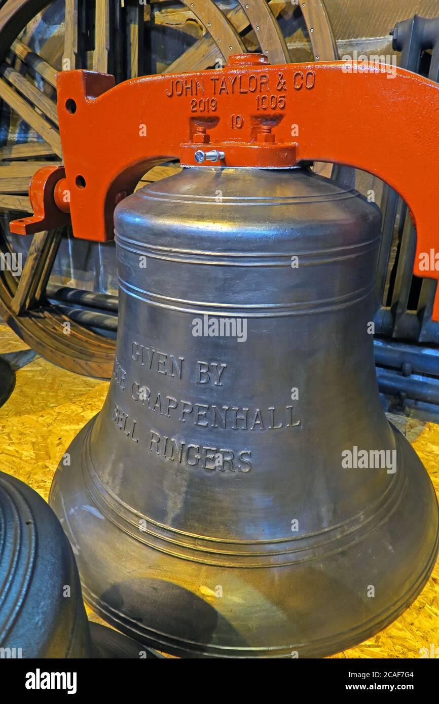 Dieses Stockfoto: John Taylor Glockenmacher, Glocke gegeben von Grappenhall Glockenläger, St wilfrids, Church Lane, Grappenhall, Warrington, Cheshire, England, UK, WA4 - Tenor - 2CAF7G