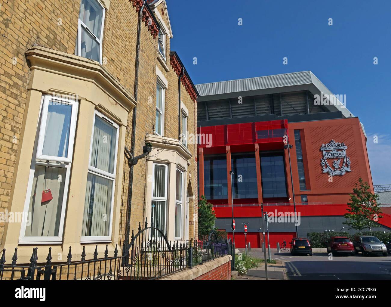 Dieses Stockfoto: Im Schatten von Anfield, im Schatten von Liverpool FC, Anfield, Liverpool, Merseyside, England, Großbritannien - 2CC79K