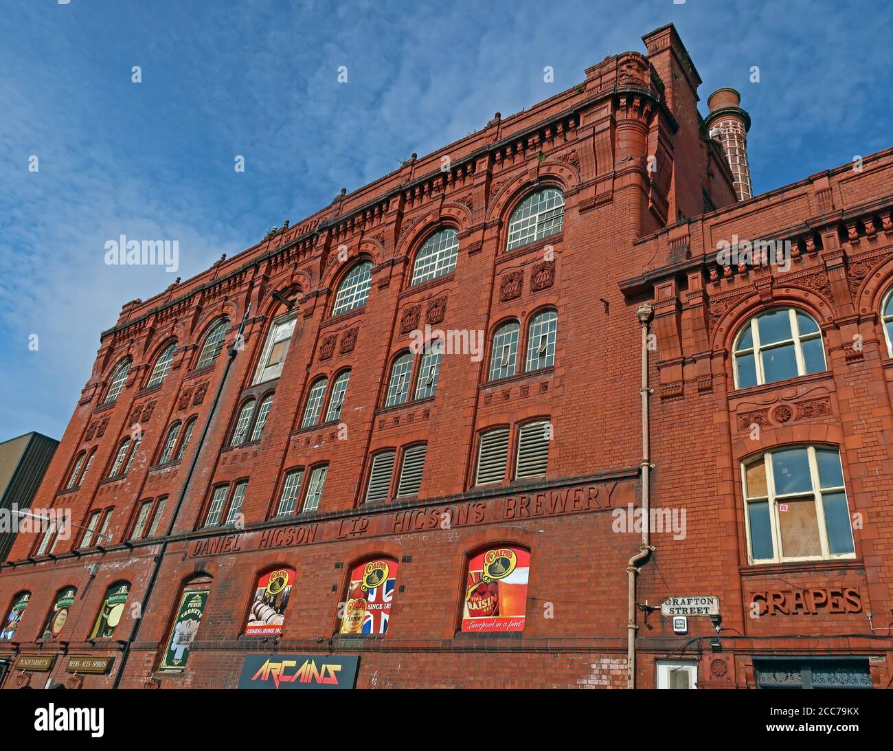 Dieses Stockfoto: Higsons, Cains Brewery, 39 Stanhope St, Liverpool, Merseyside, England, UK, L8 5RE - 2CC79K