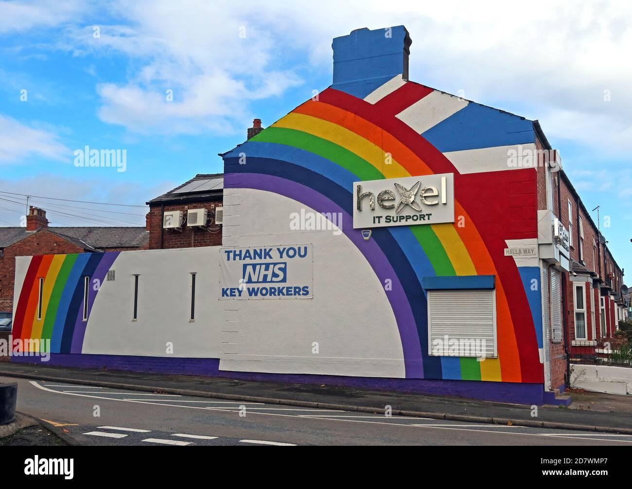 Dieses Stockfoto: Hexel IT Support, Giebel End, vielen Dank NHS Key Workers, rainbow, Latchford, Warrington, Cheshire, England, Großbritannien, WA4 - 2D7WMP