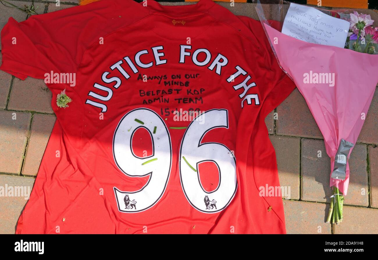 Dieses Stockfoto: Liverpool FC, Justice for the 96, Hillsbough, Disaster, Anfield, Liverpool, Merseyside, England, Großbritannien - 2DA91H