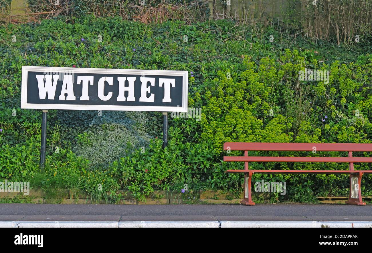 Dieses Stockfoto: Watchet Station Bank und Plattform, West Somerset Railway, Somerset, South West England, Großbritannien - 2DAPRA