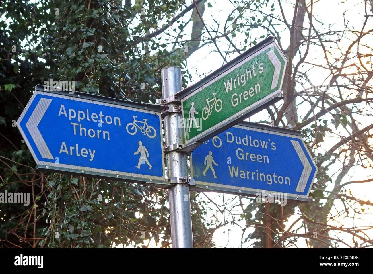 Dieses Stockfoto: Appleton Radweg Schild, Wanderer, Radfahrer, Appleton Thorn, Arley, Dudlows Green, Wrights Green, Warrington, Cheshire, England, Großbritannien - 2E0EMD