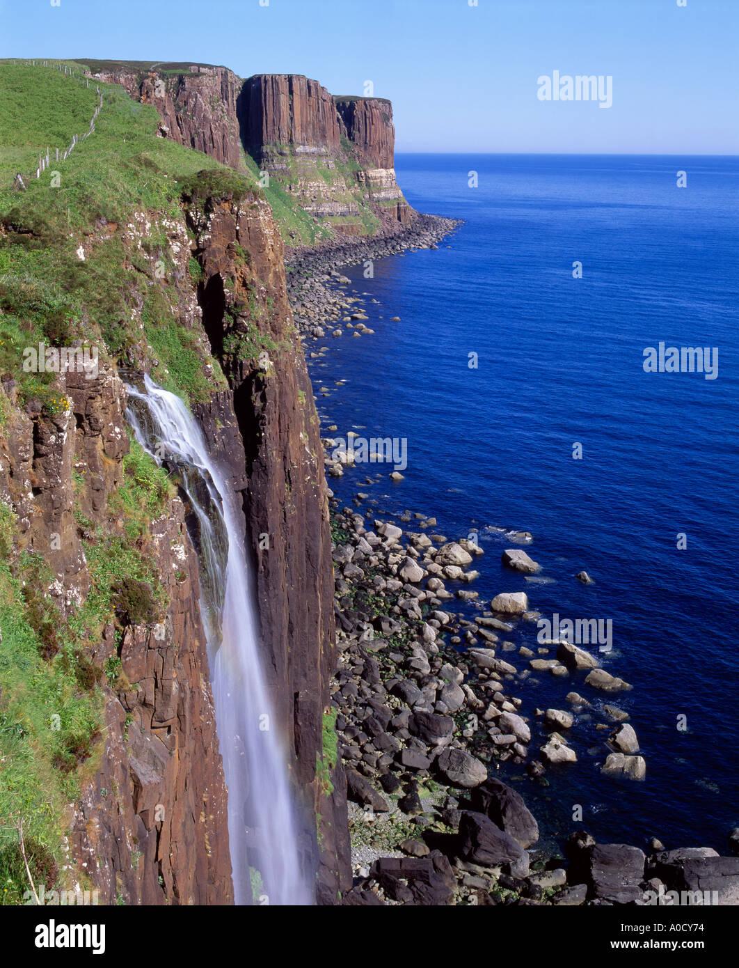 Der Kilt Rock, in der Nähe von Staffin, Halbinsel Trotternish, Isle Of Skye, Highland, Schottland, UK Stockbild