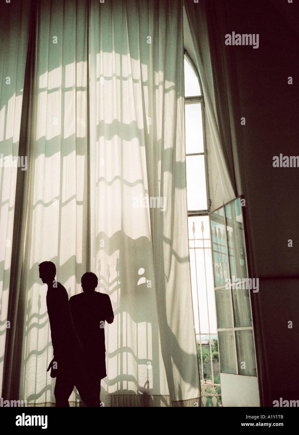 Krankenhaus-Fenster, Siena, Toskana Italien. Atmosphärische 35mm Snap Bild mit erheblichen sichtbare Filmkorn. Stockfoto